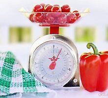 Red Pepper Scale by LINDA KUKULSKI
