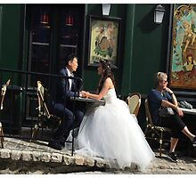 Montmartre Bride and Groom Photographic Print