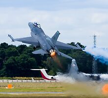 F-16 Takes Off by TomGreenPhotos
