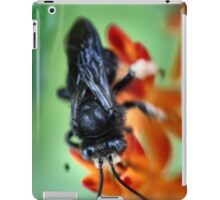 Black Bumble Bee iPad Case/Skin