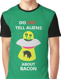 alien kidnap bacon Graphic T-Shirt