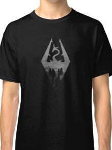 Skyrim logo blue mountain background Classic T-Shirt