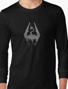 Skyrim logo blue mountain background Long Sleeve T-Shirt