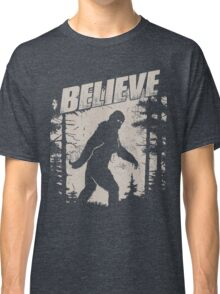 Blieve in Bigfoot Classic T-Shirt