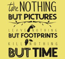 Take nothing but pictures Kids Tee