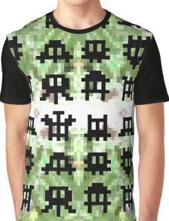 Pixel Invaders - Retro Pixelart Space Ships Graphic T-Shirt