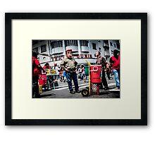Chávez vive! Framed Print
