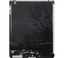 Black and White spooky tree iPad Case/Skin