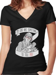 Log Lady  Women's Fitted V-Neck T-Shirt
