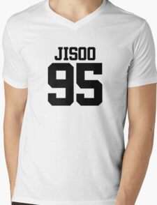 BLACKPINK Jisoo 95 (Black) Mens V-Neck T-Shirt