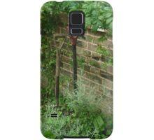 Spade and fork in the garden Samsung Galaxy Case/Skin