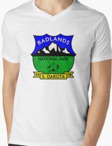 BADLANDS NATIONAL PARK SOUTH DAKOTA MOUNTAINS HIKING CAMPING HIKE CAMP HUNTING Mens V-Neck T-Shirt