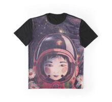 Daisy II: Refraction Graphic T-Shirt