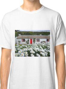 Irish Cottage With Daisies Classic T-Shirt