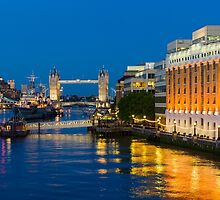 The Thames from London Bridge by TomGreenPhotos