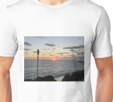 Mid -Summer Tiki Set Unisex T-Shirt