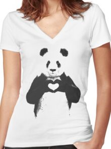 love panda Women's Fitted V-Neck T-Shirt