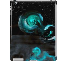 WDV - 678 - Ripples Constrained iPad Case/Skin