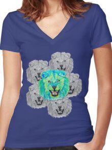 Lion / Löwe version 3 Women's Fitted V-Neck T-Shirt