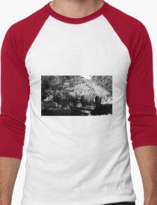 Nipa Hut Men's Baseball ¾ T-Shirt