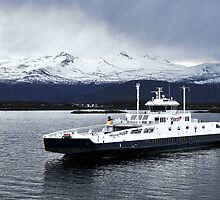 Romsdalsfjord ferry, Norway by buttonpresser