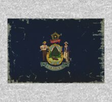 Maine State Flag VINTAGE by USAswagg