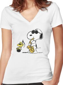 I Feel Like Jazz Snoopy Women's Fitted V-Neck T-Shirt