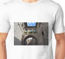 Stone buildings from Assisi with medieval arches and decorations. Unisex T-Shirt