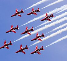 Red Arrows Forming Up by TomGreenPhotos