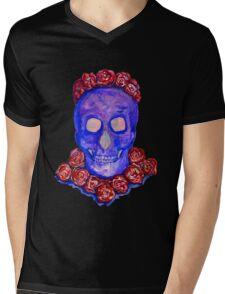 Skull and Roses (large, untiled design) Mens V-Neck T-Shirt