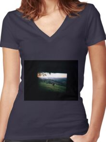 Through the viewfinder - Byron ranges Women's Fitted V-Neck T-Shirt