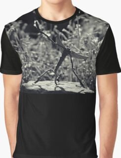Mr.Wire: Along this tightrope of Wire to stand by. Graphic T-Shirt