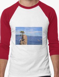 Lonely tree and the blue sea from Portofino Men's Baseball ¾ T-Shirt