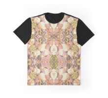 Shell Piece Graphic T-Shirt