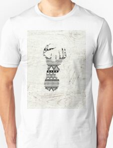 Retro Aztec Deer Head Black White Vintage Wood Unisex T-Shirt