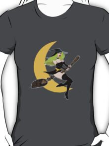 Green Witch's Moon T-Shirt