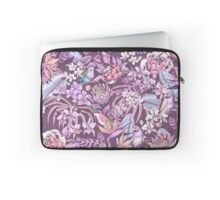 Stand Out! (soft pastel) Laptop Sleeve