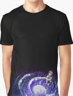 Looking to the moon Graphic T-Shirt