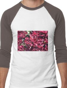 Texture with pink purple leaves. Men's Baseball ¾ T-Shirt