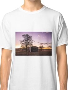 Sheds & sunsets Classic T-Shirt