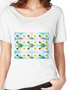 DAISY PATTERN Women's Relaxed Fit T-Shirt