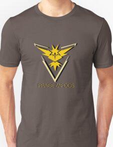 Team Instinct - Praise Zapdos Unisex T-Shirt