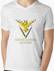Team Instinct - Nobody Outruns The Storm Mens V-Neck T-Shirt