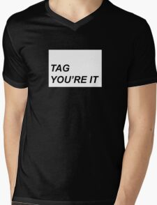 Tag you're it Mens V-Neck T-Shirt