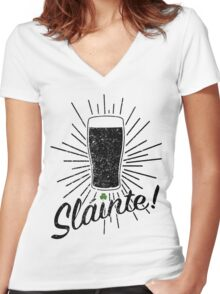Sláinte! - Distressed Version Women's Fitted V-Neck T-Shirt