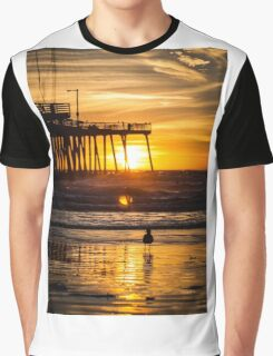 Pismo Beach Sunset with seagull Graphic T-Shirt