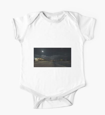 Myvatn in Moonlight One Piece - Short Sleeve