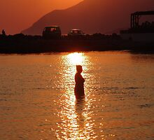 Reflecting In The Setting Sun by Francis Drake