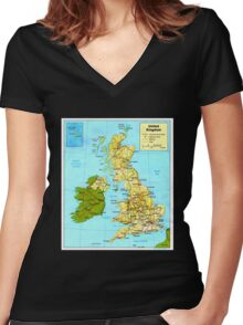 UNITED KINGDOM (MAP) Women's Fitted V-Neck T-Shirt