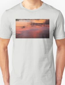 SUNSET ON WATER Unisex T-Shirt